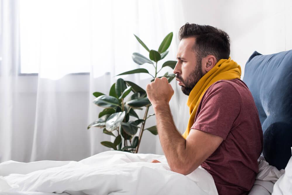 Alergiczne-zapalenie-gardla-przyczyny-objawy-leczenie
