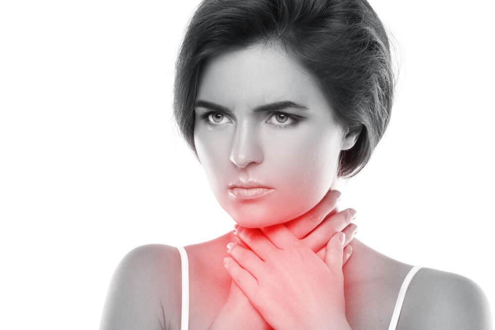 Bezglos-utrata-glosu-przyczyny-leczenie